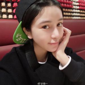 貢一(Weiboフォロワー:287万9436人)